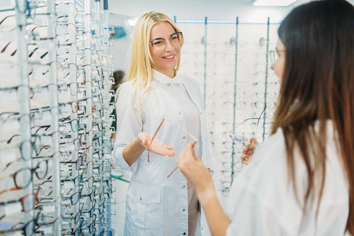 le métier d'un opticien